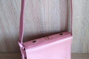 Женская кожаная сумочка - Опис