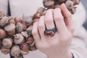 Перстень з сердоліком вузький - Опис