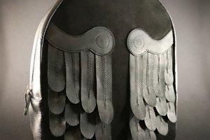 """Шкіряний рюкзак """"Black Wings!"""" - Опис"""