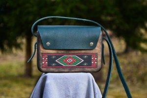 """Жіноча дерев'яна сумочка""""Vereta"""" - Опис"""