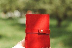 Шкіряний блокнот з вишивкою, класний подарунок