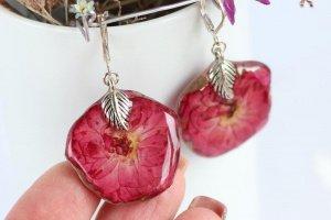 Сережки з квіточок червоно-малинової троянди • Серьги розы - Опис