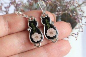 Сережки чорні котики з рожевою квіткою на серьги котенок - Опис