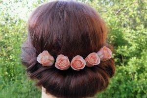 Шпильки для волос с маленькими розами в прическу - Опис