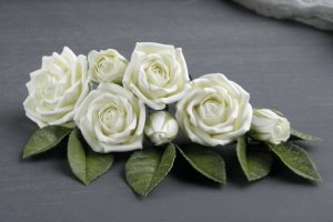 Робота Свадебные шпильки с розами айвори,