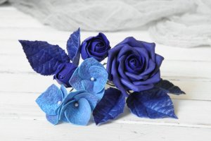 Робота Набор шпилек для волос с синими цветами роз и гортензии
