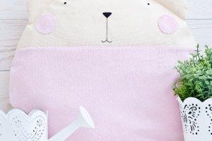 Розовая пушистая подушка котик в детскую - ІНШІ РОБОТИ