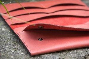 Жіночий гаманець Етно, карміновий - Опис