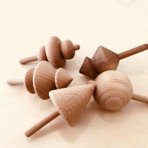 """Робота Дерев'яна іграшка """"Дзига"""" - Віхало, Хуга, Юга, Метелиця"""