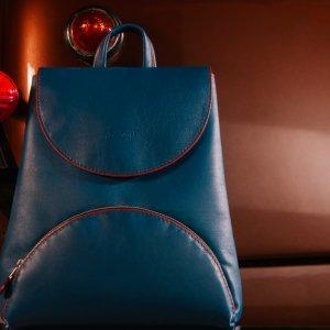 Робота Базовий жіночий шкіряний рюкзак