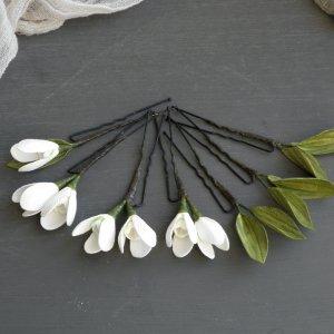 Робота Белые шпильки для волос с цветами подснежниками