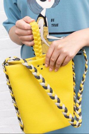 Желтая сумка ведерко Riva. Сумка на плечо